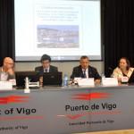 Ernesto Pedrosa con Ana Pita, Titus Van Lieshout e Ignacio López Chaves na inauguración